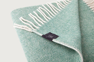 Herringbone Throw & Blanket — Lambswool