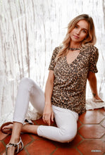 Load image into Gallery viewer, Leopard Print Tee