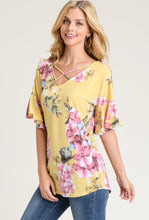 Load image into Gallery viewer, Floral Criss Cross Shirt