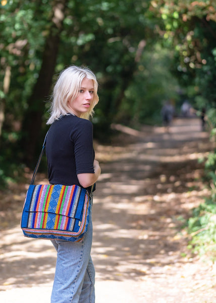 Pinzon Portafolio Messenger Bag - Burst of Colours - MadeInMexi.co