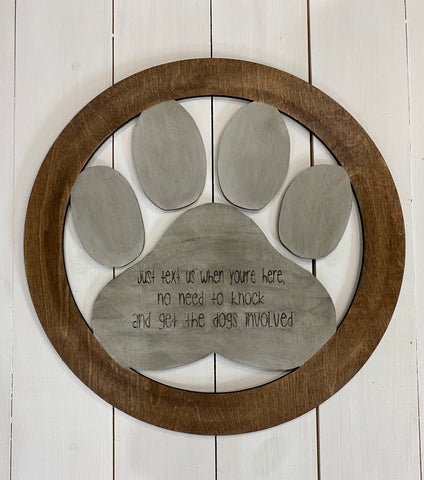 text us paw print wreath