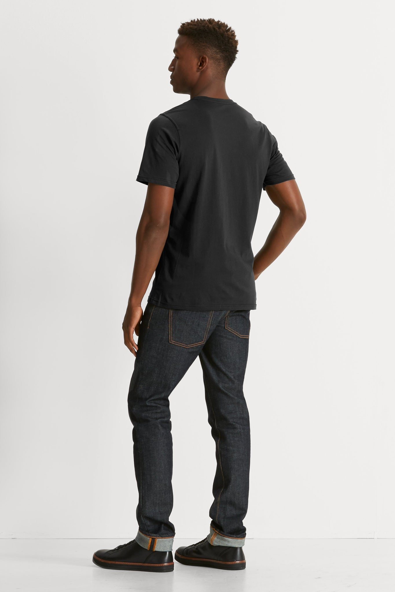 Basis Short Sleeve T-Shirt