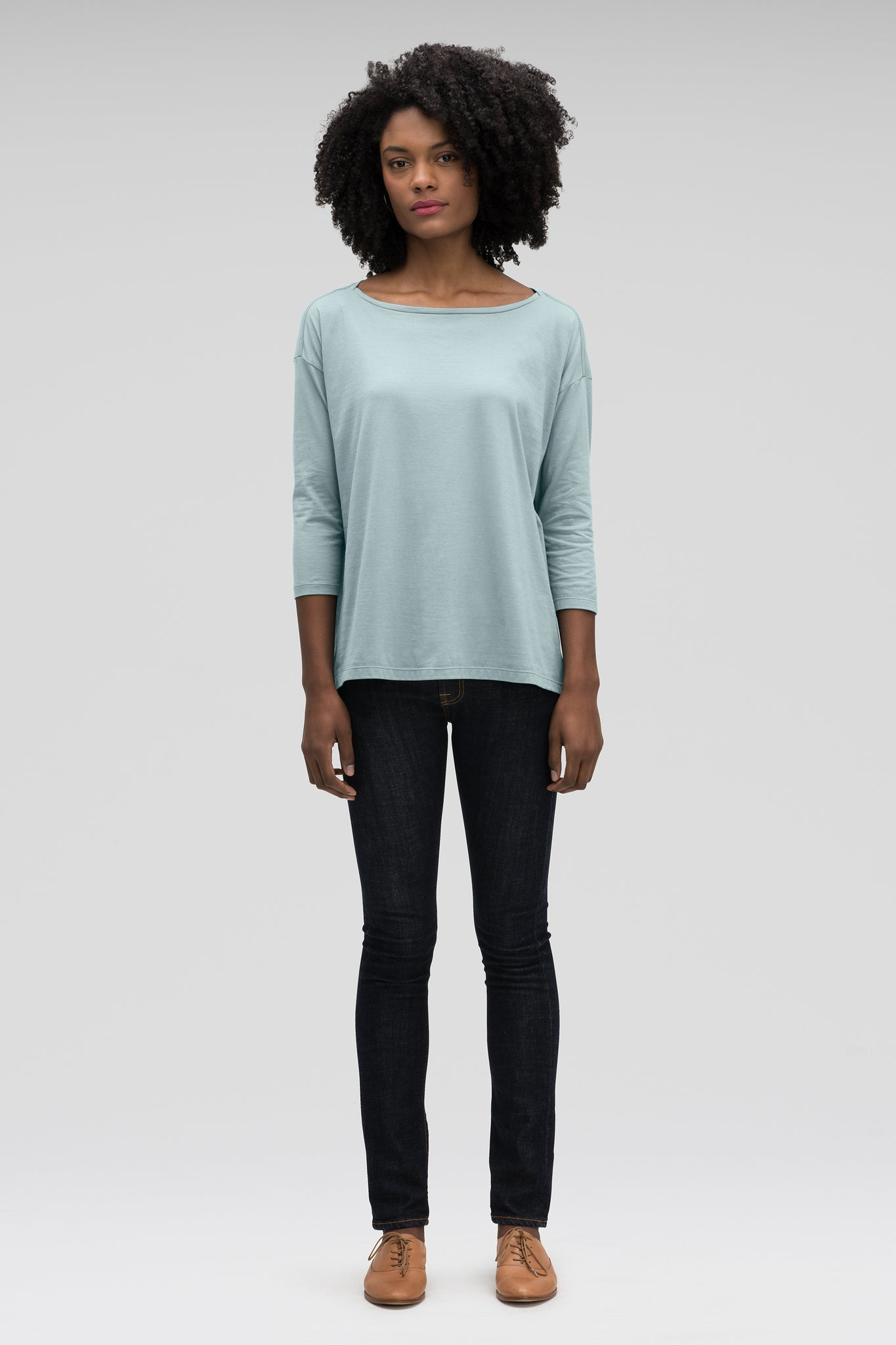 women's basis organic cotton boatneck shirt - illum