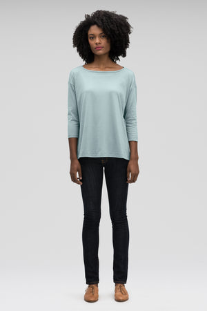women's basis organic cotton boatneck shirt   illum