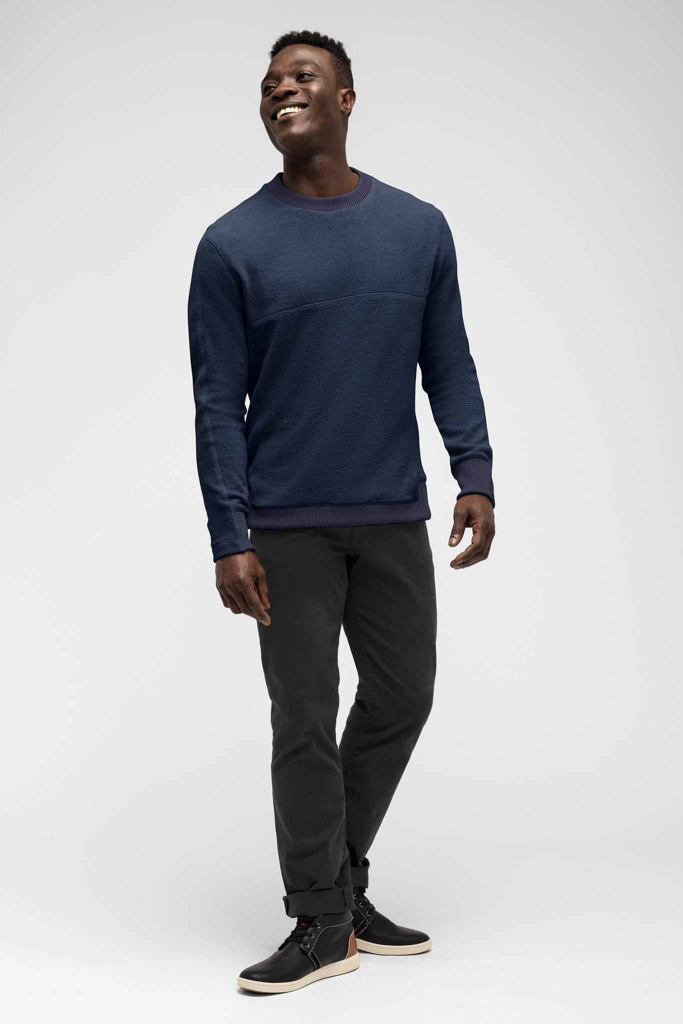 men's hybernate fleece crew - navy