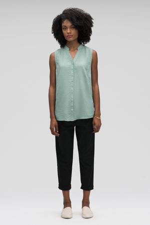 women's sleeveless woven shirt   jade check