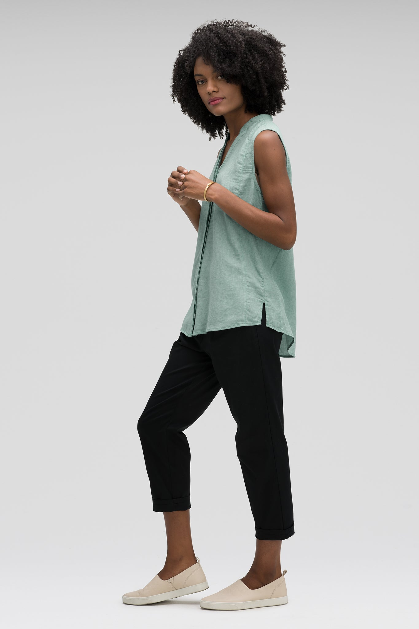 women's sleeveless woven shirt - jade check