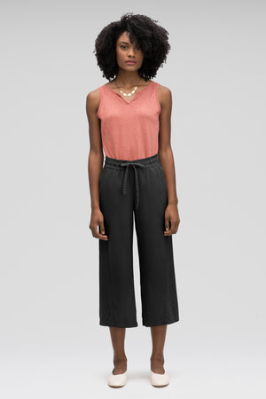 women's flaxible wide leg crop pant   caviar