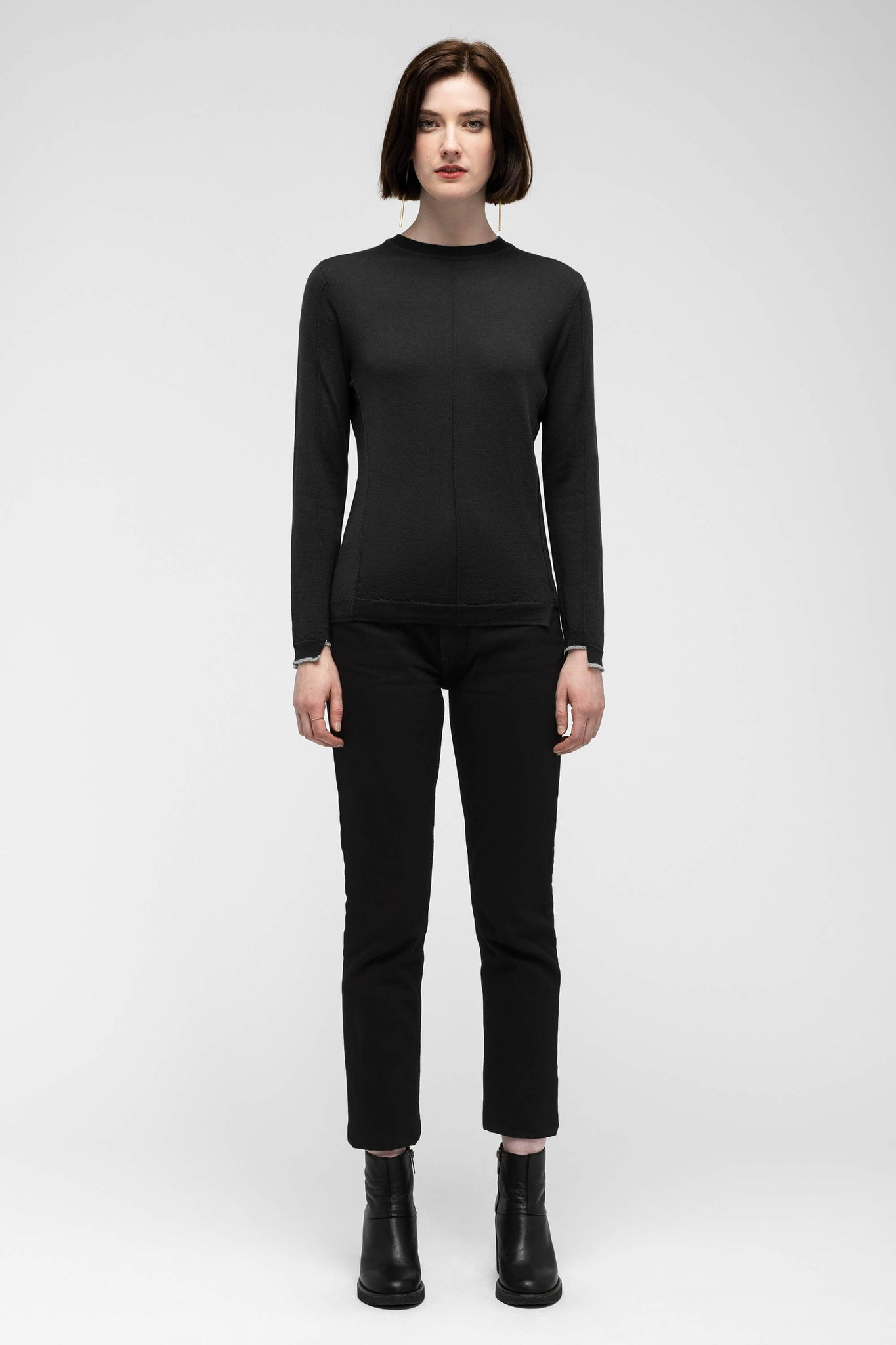 women's embyr crew neck sweater - caviar
