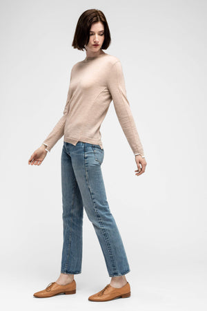women's embyr crew neck sweater   blush