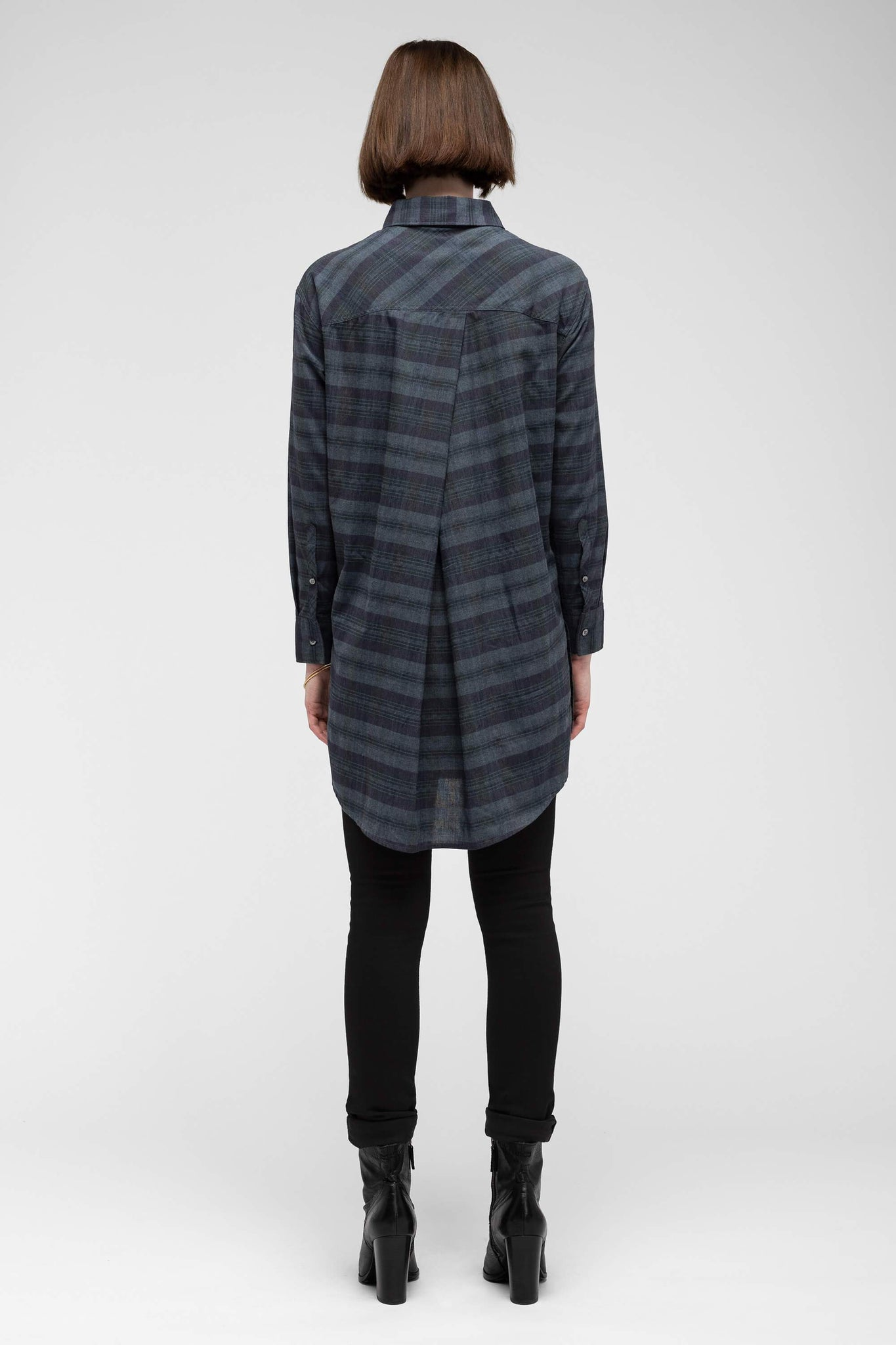women's fortuit plaid shirt dress - navy plaid