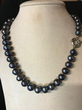 Load image into Gallery viewer, Black Pearl Necklace | Silver Clasp