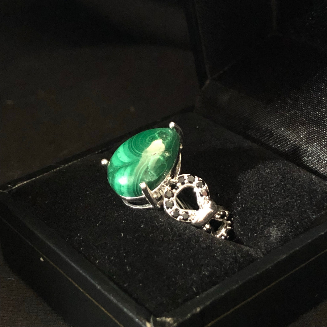 Contemporary Sterling Silver Malchite Ring
