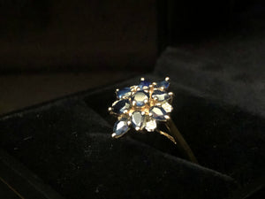 Contemporary 9ct yellow gold ring