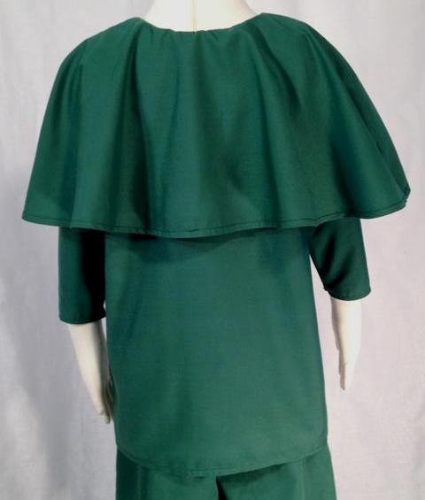 Boys' Robin Hood or medieval shirt, back. Perfect for Renaissance festivals, costume parties or Halloween.