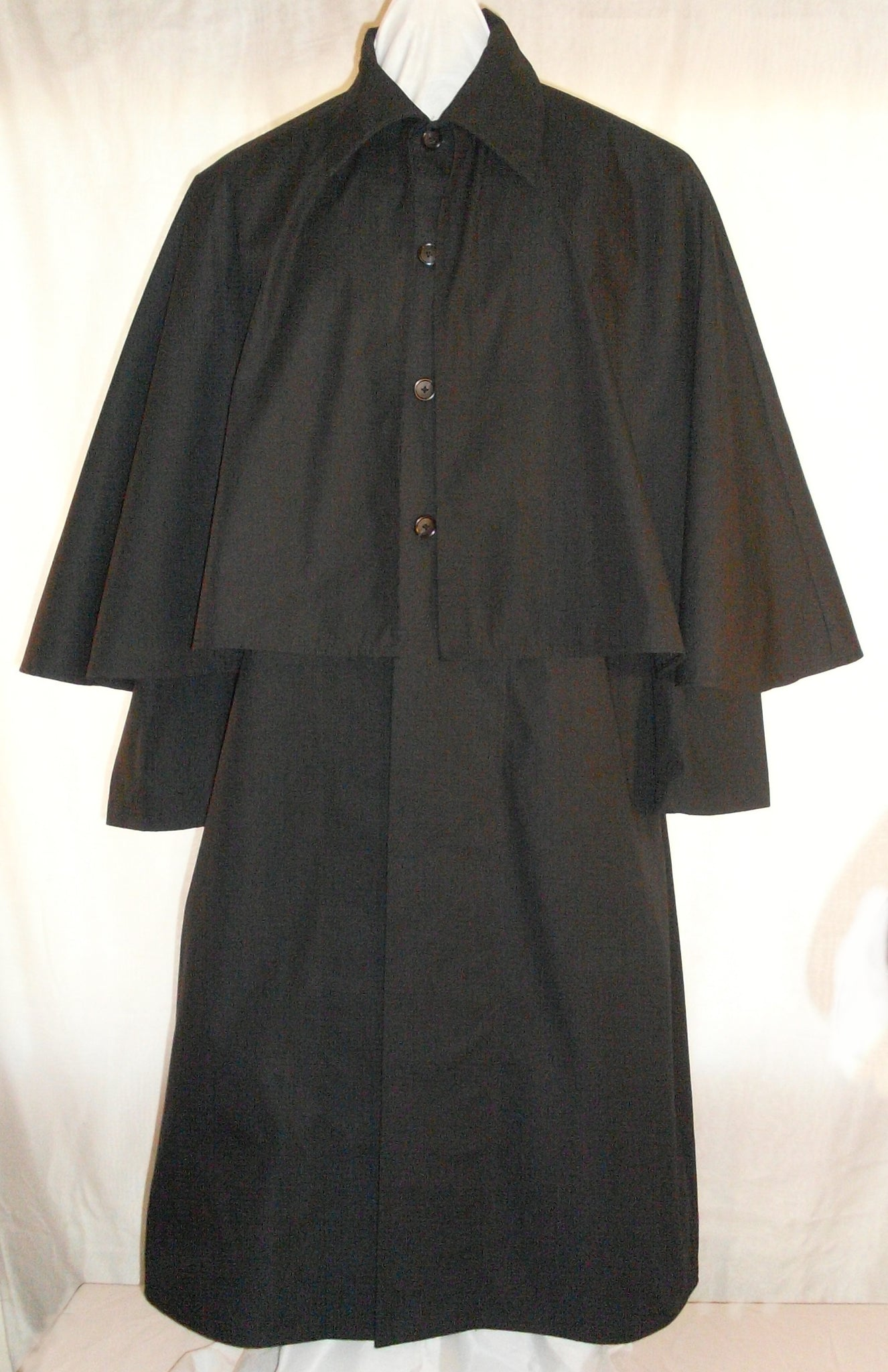 Inverness Coat by White Pavilion, front view. This coat is ideal for Victorian, Steampunk, Goth and vampire costumes.
