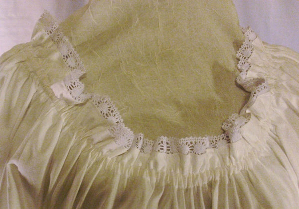 Muslin chemise with lace by White Pavilion Costumes, neckline closeup. This chemise is ideal for medieval, renaissance, pirate, 17th and 18th century, Victorian, fantasy, fairytale and Steampunk costumes.