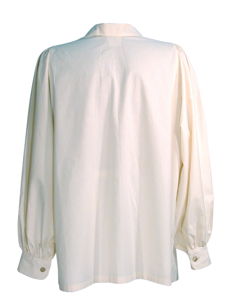 Rob Roy Men's Shirt by White Pavilion. The perfect shirt to go with your kilt. Looks great with a range of historical costume styles - medieval, pirate, renaissance, celtic.