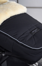 Load image into Gallery viewer, Tirol Cozytoes Footmuff - Horsedream Importers - best sheepskin saddle pads
