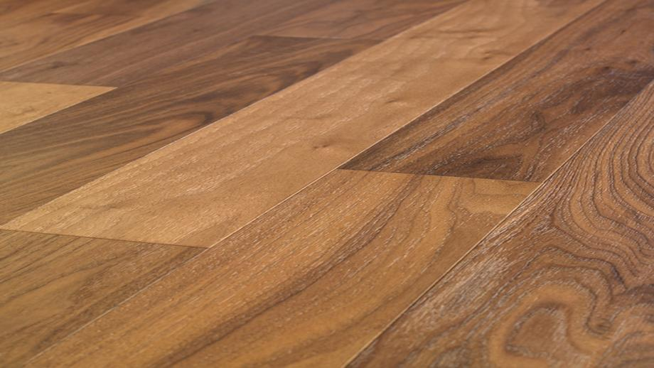 Avenue - Brushed American Walnut Natural Studio