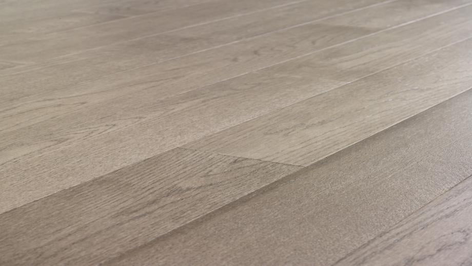 Avenue - Brushed Oak Gray's Harbor