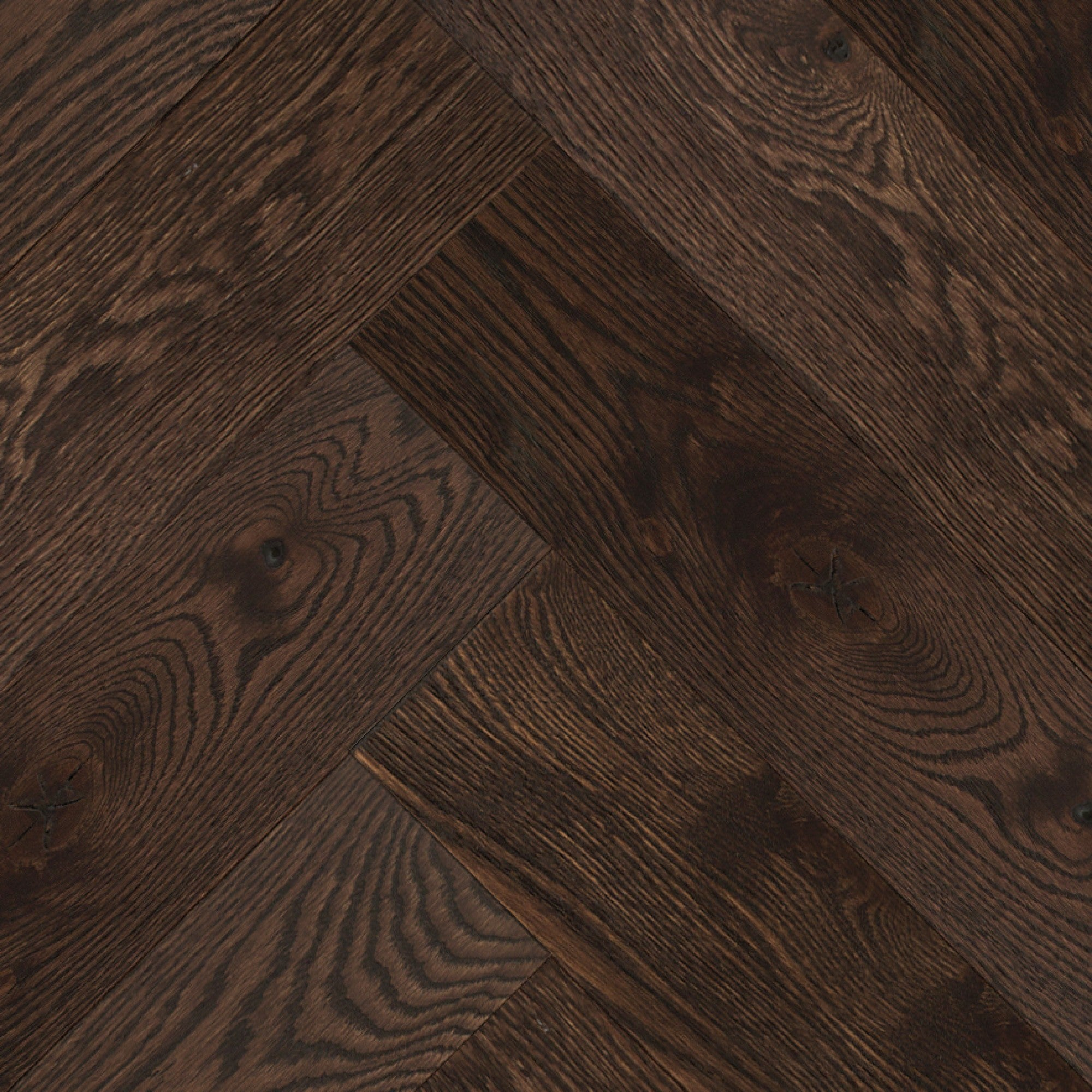 Herringbone - Red Oak Cocoa Wire Brushed