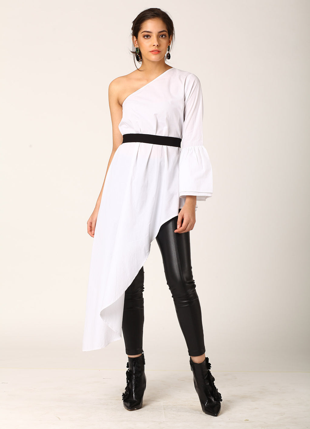 One Shoulder Asymmetric Trail Top with Belt