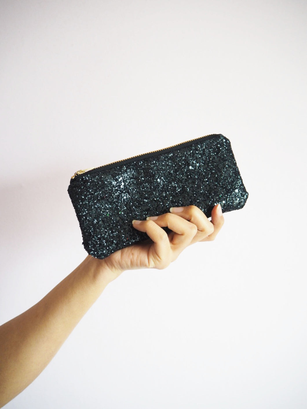 Glitter Sunglasses Case in Black