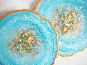 sparkly blue geode resin coasters