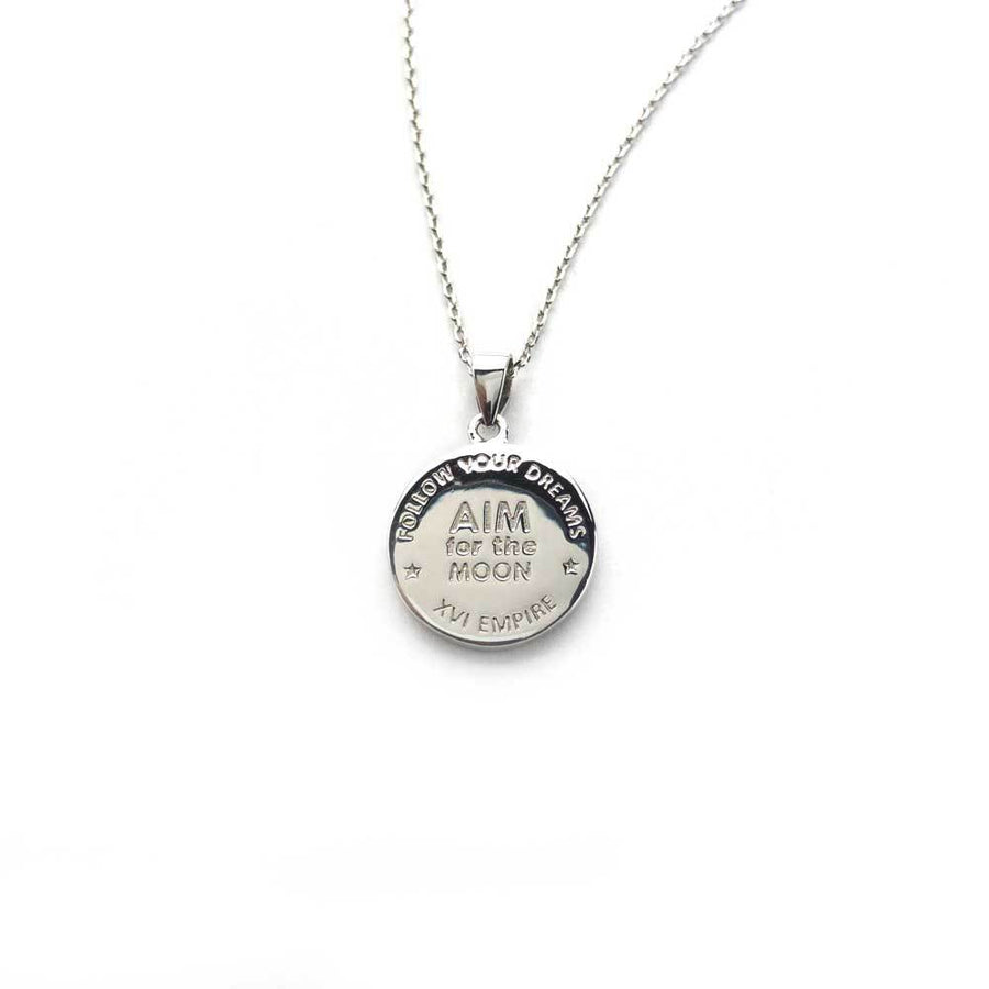 Verso du collier vise la lune, inscription «aim for the moon», follow your dreams, XVI EMPIRE