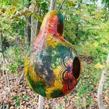Load image into Gallery viewer, Gourd Bird feeder