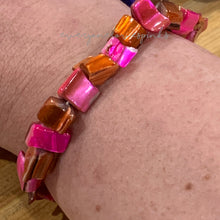 Load image into Gallery viewer, Stretch Bracelet Kit: Shell