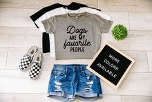 Load image into Gallery viewer, Dogs Are My Favorite People Dog Crop Top Cropped T-shirt