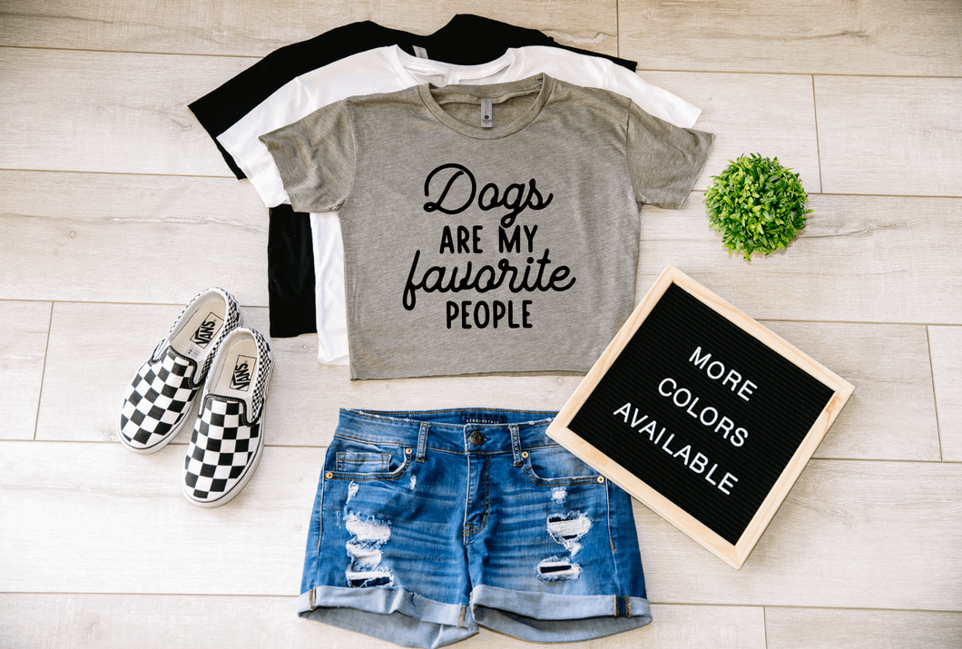 Dogs Are My Favorite People Dog Crop Top Cropped T-shirt