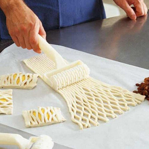 Best Plastic Wheel Knife Embossing Dough Roller Lattice Craft Cooking Tools Large Size Pull Net Pizza Cutters & Wheels
