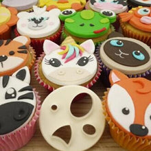 Load image into Gallery viewer, DIY Plastic Animal Face Cake Decorating Fondant Cutters Cake Decoration Tools Cookie Biscuit Cake Mold Baking Accessories