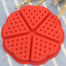 Load image into Gallery viewer, Round Heart Shape Waffle Biscuit Mold Silicone Cake Mould Kitchen Baking Tool Hot