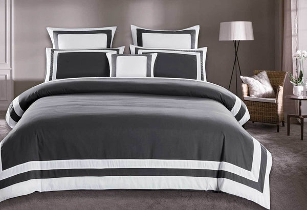 Queen Size White Square Pattern Charcoal Grey Quilt Cover Set (3PCS)