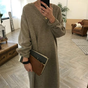 Women's Needle V-neck Long Knit Dress
