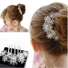 Load image into Gallery viewer, Exquisite Full Colors Crystal Rhinestone Petal Tuck Comb - aidaroos.com
