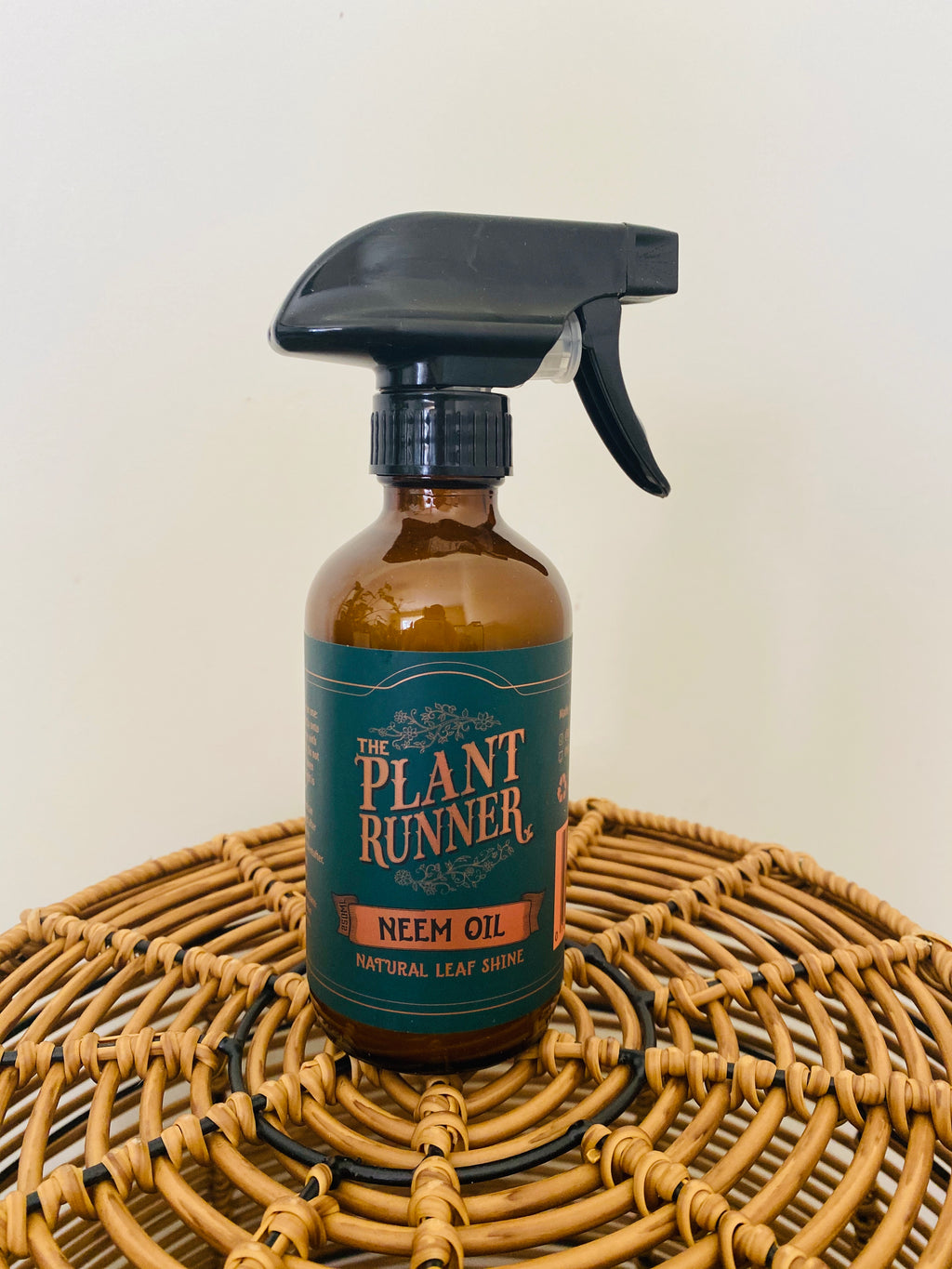 Plant Runner Neem Oil