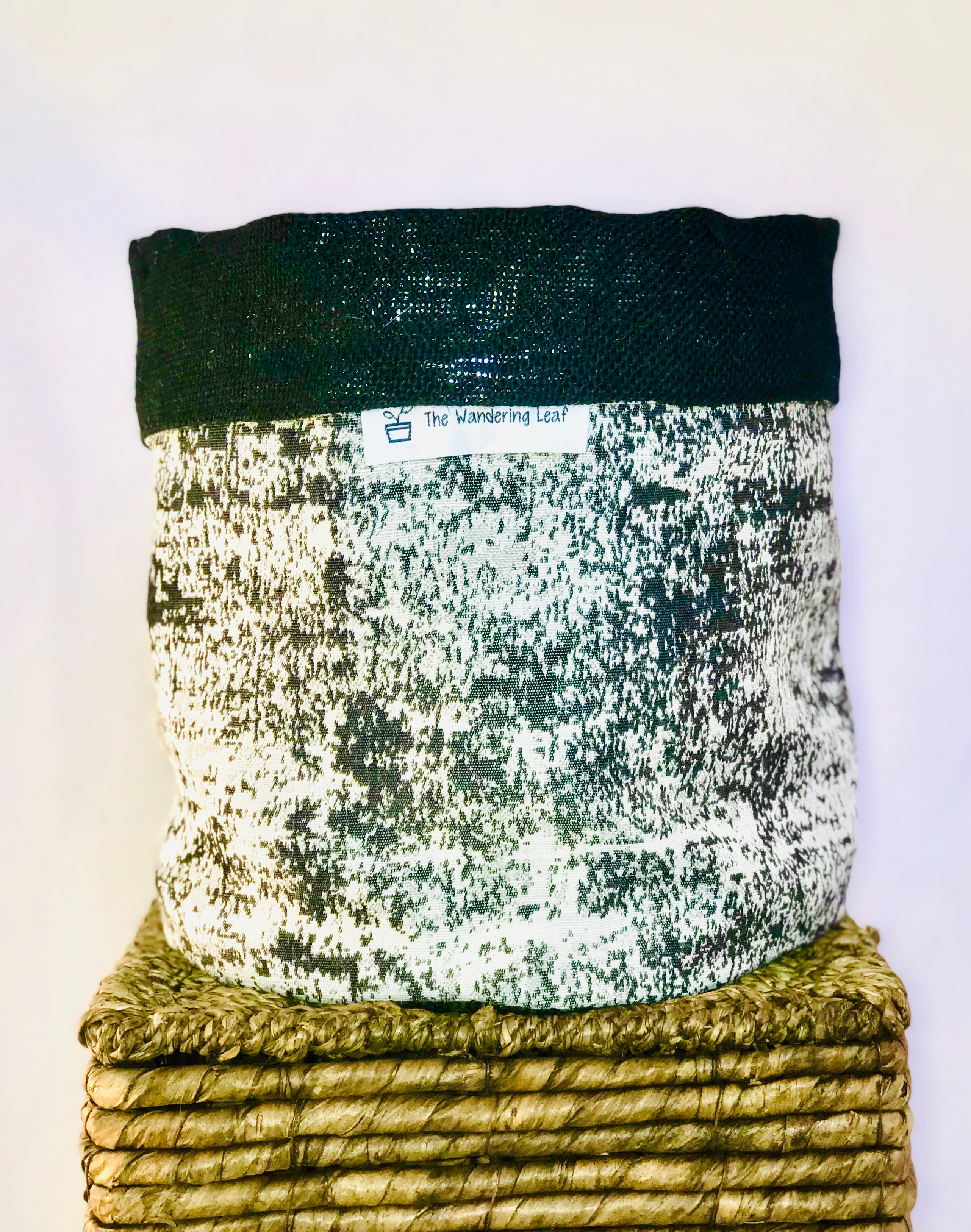 Pot Cover Black and White Speckled