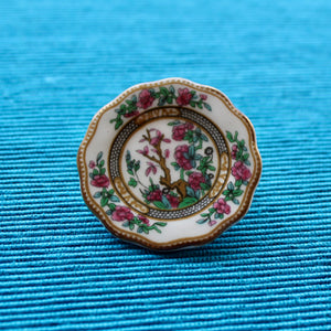 Summer Pinks Indian Tree Coalport China Plate Brooch