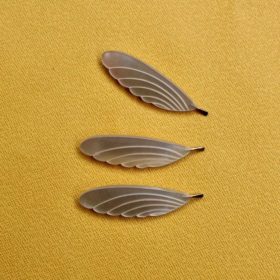 Feather Brooch - Cream