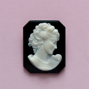 1950s Plastic Cameo of Woman with Pearls