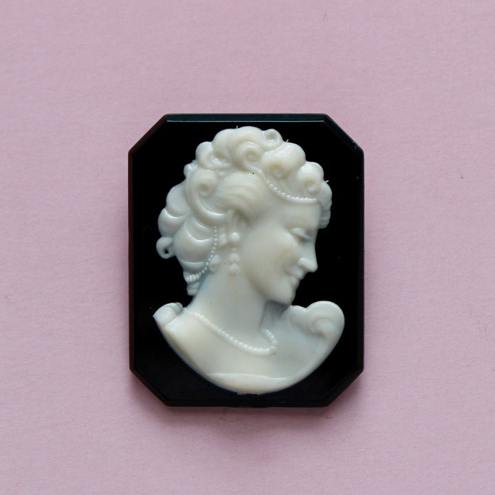 1950s Plastic Black and White Cameo of Woman with Pearls