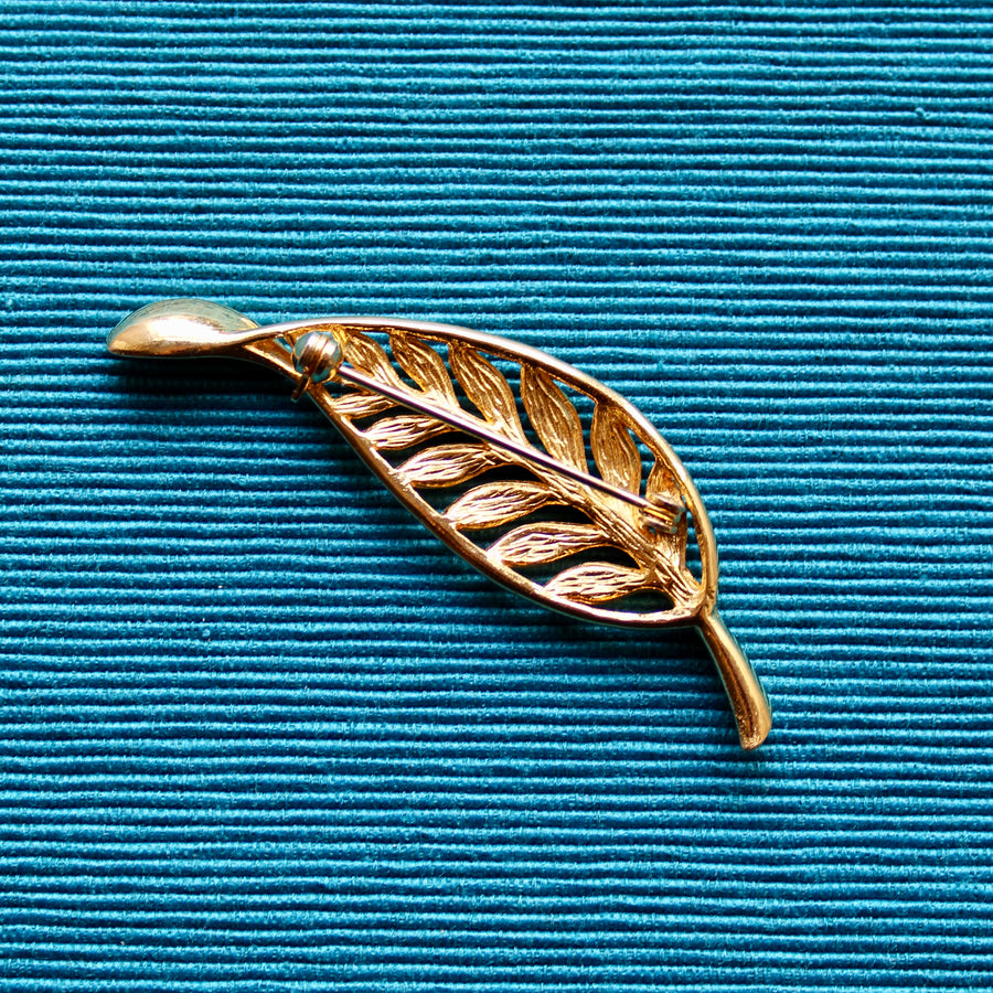 1980s Gold Tone Leaf Brooch