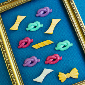 1980s Plastic Brooches Set 4