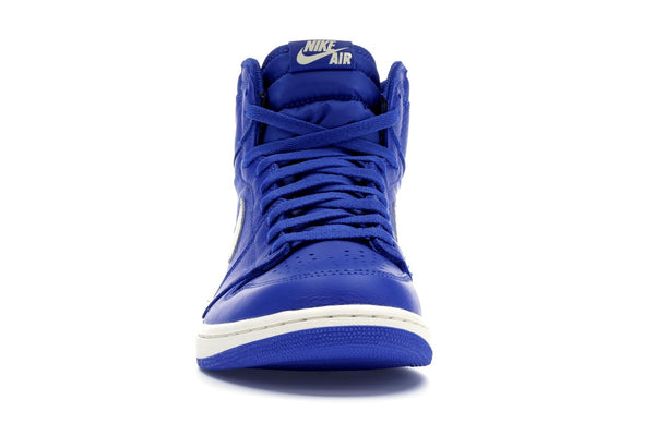 Air Jordan Retro 1 'Hyper Royal""