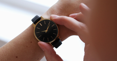 Your Time, is Your Gold  | Small & Big Hands